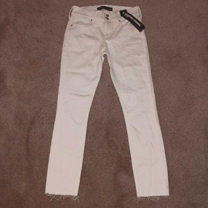NWT Express Frayed Ankle White Ankle Jeans